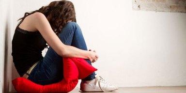 11785-wanita-menangis-47-kali-setahun