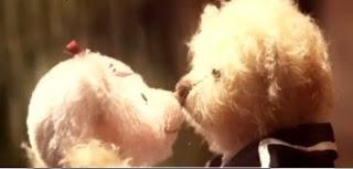 Playful kiss (188)