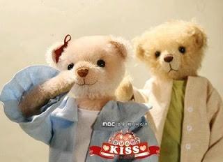 Playful Kiss (9)